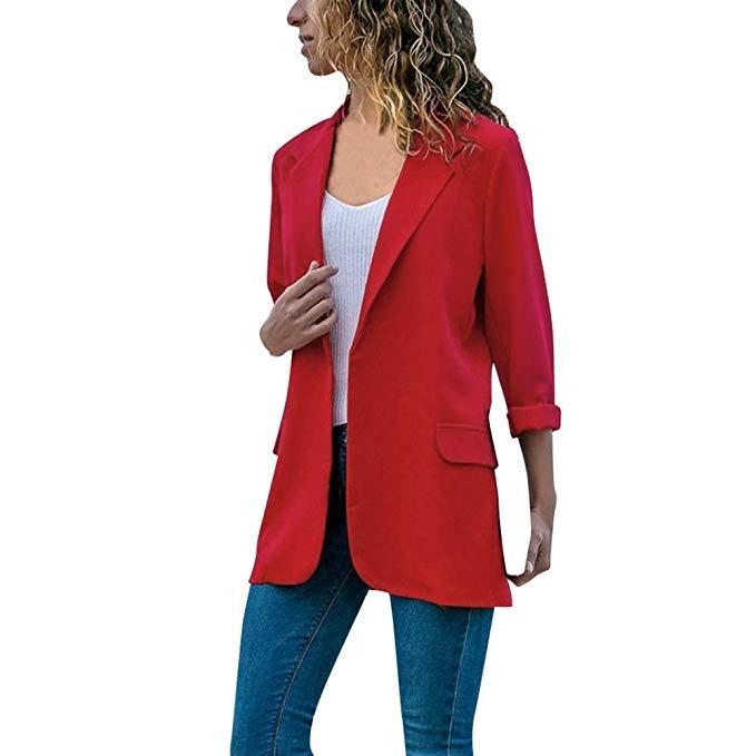 blazer rojo llamativo