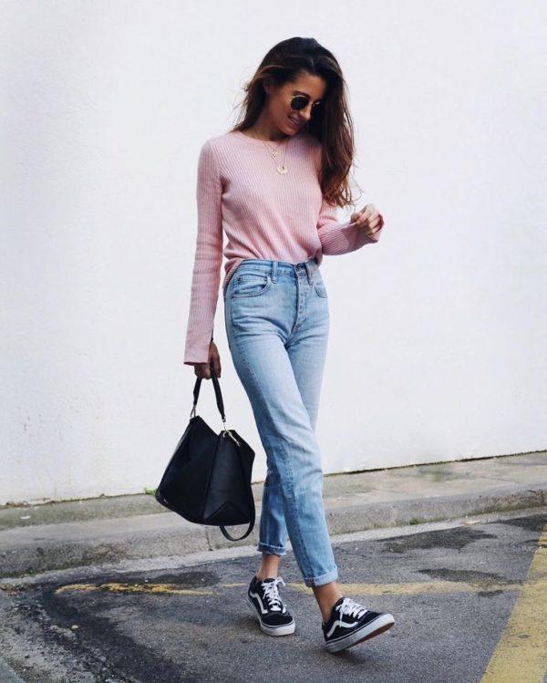 outfit con pantalon de mezclilla