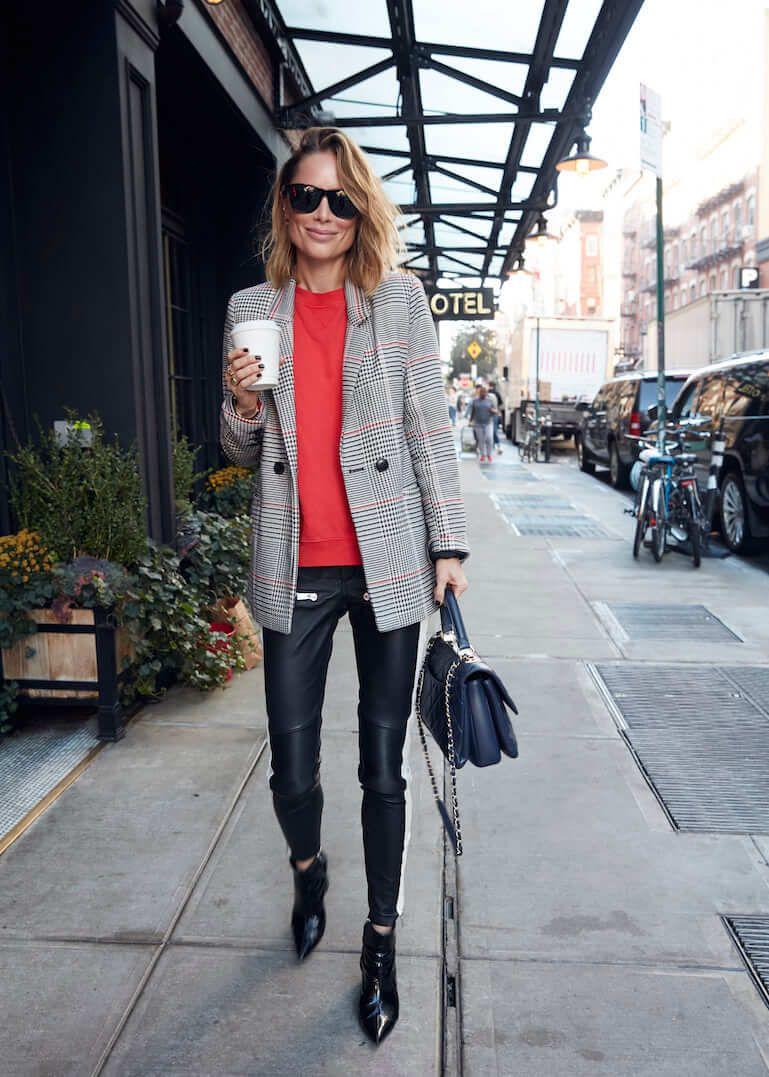 jersey rojo con blazer