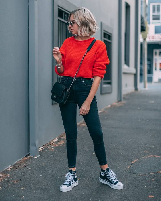 outfit casual jersey rojo