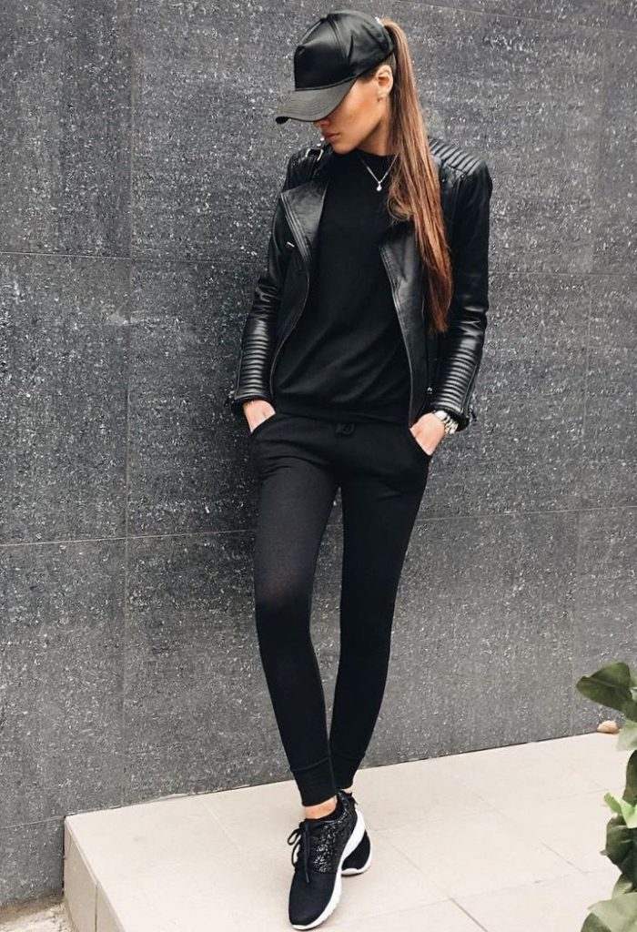outfit deportivo con chaqueta