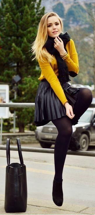 outfit falda de cuero con jersey
