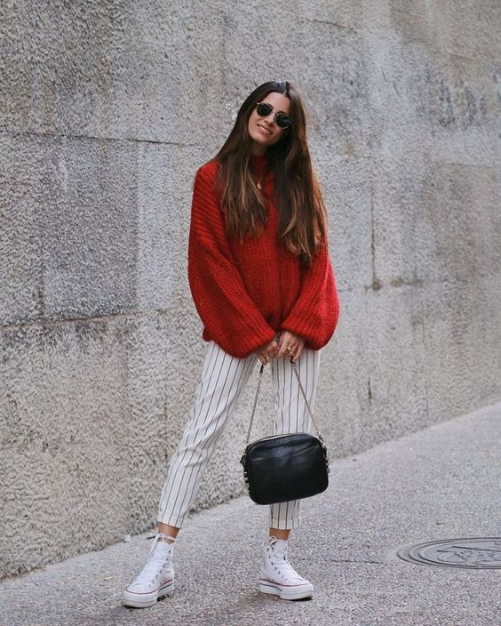 outfit jersey rojo oversize
