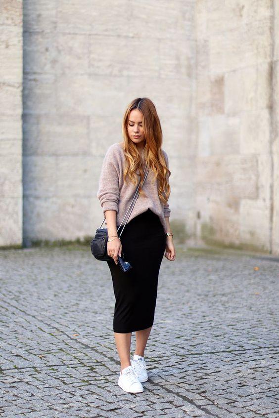 outfit casual con falda tubo