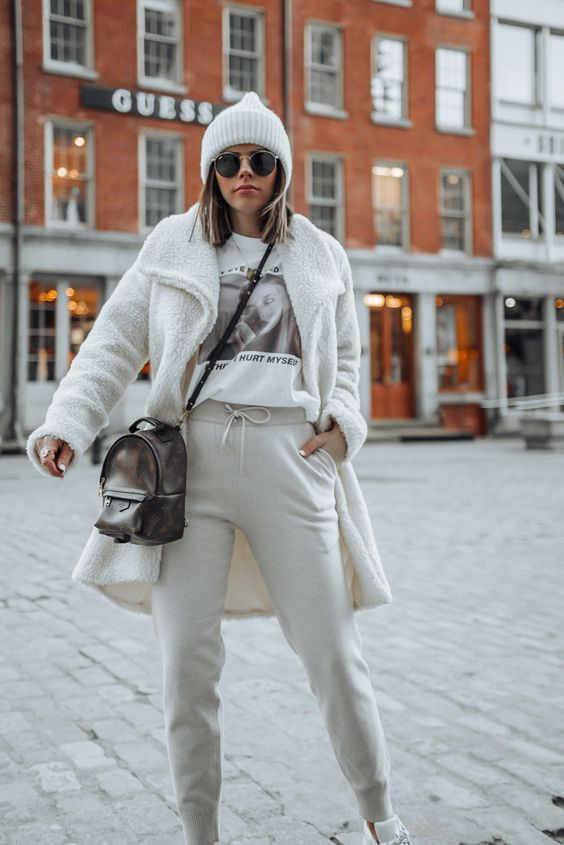 outfit chic deportivo