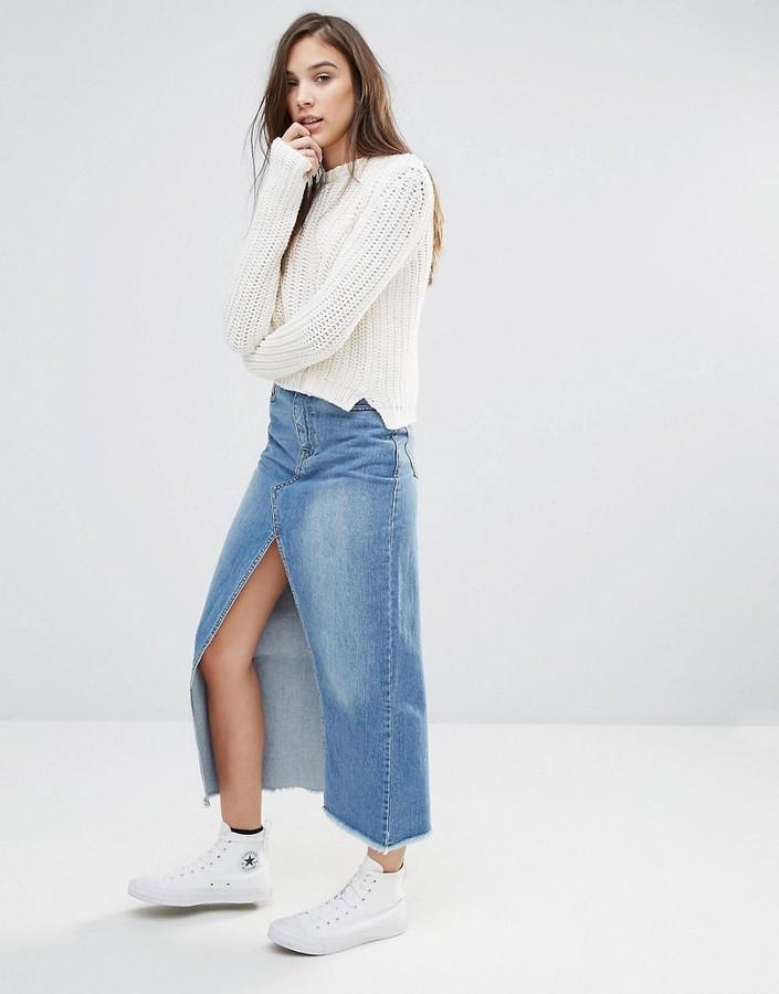 outfit con falda vaquera