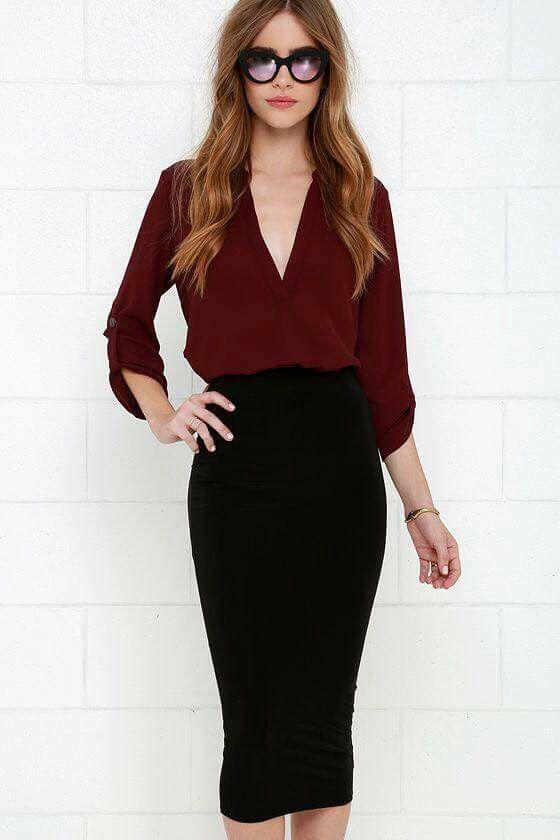outfit con falda de tubo negra