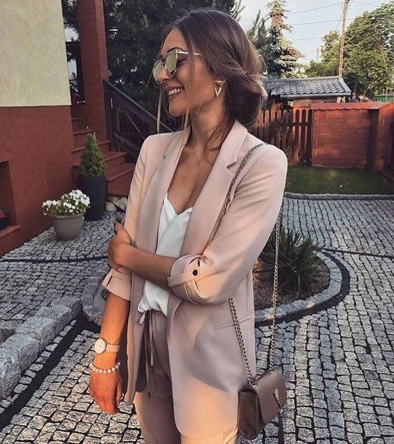 outfit de boda con blazer