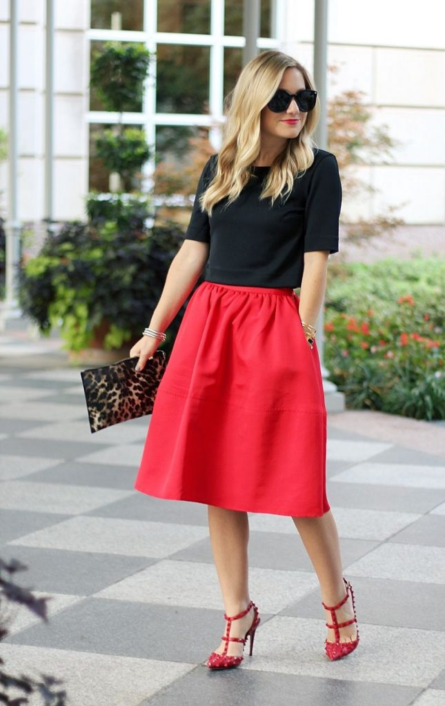 outfit de graduacion con falda roja