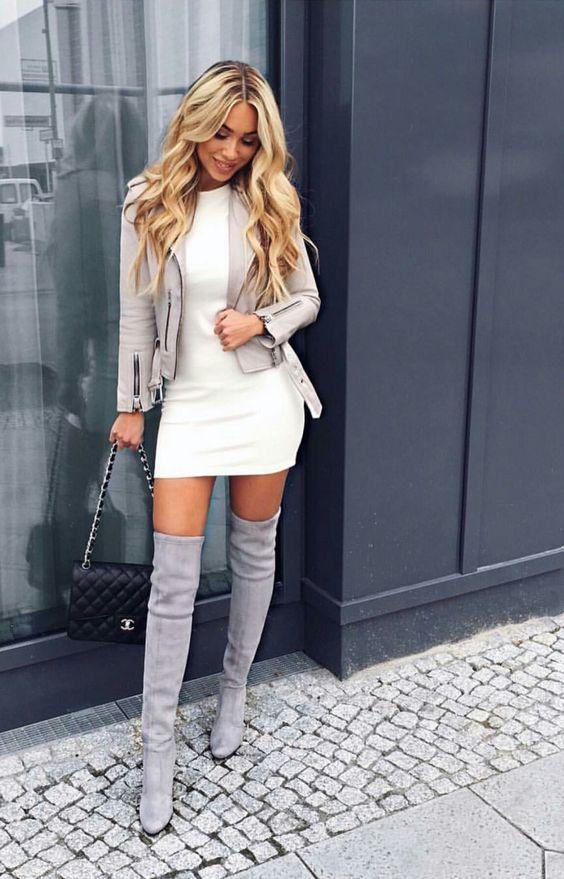 outfit de oficina con botas
