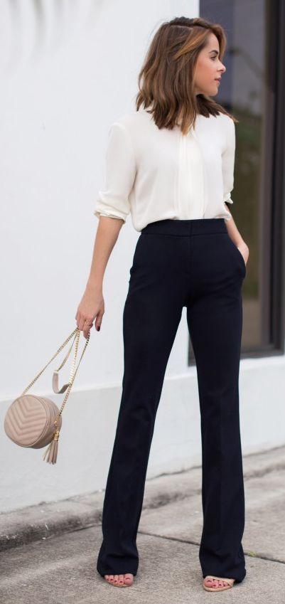 outfit de pantalon negro para oficina