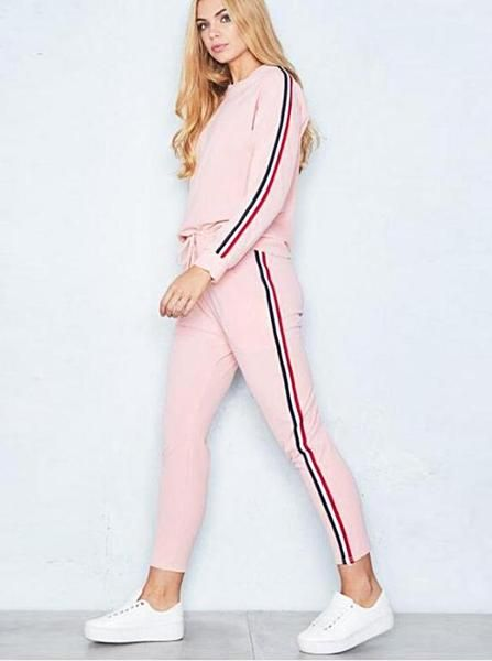 outfit deportivo rosa