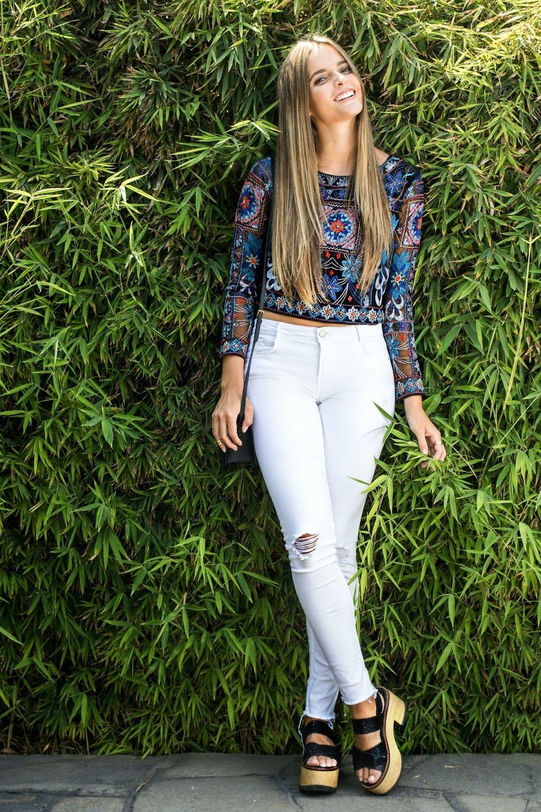 outfit lindo con pantalon blanco