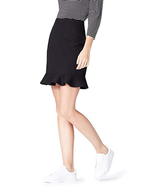 outfit de falda negra