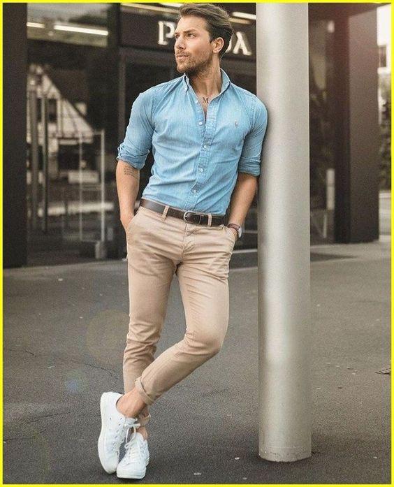 outfit de hombre con camisa de jean