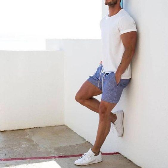 outfit de hombre en verano